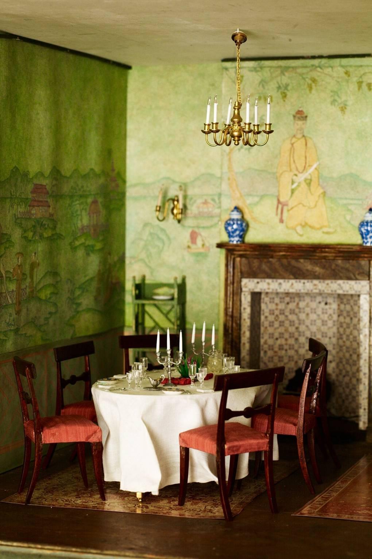 Chinoiserie Wallpaper & Fabric Design & Decor Ideas | House & Garden