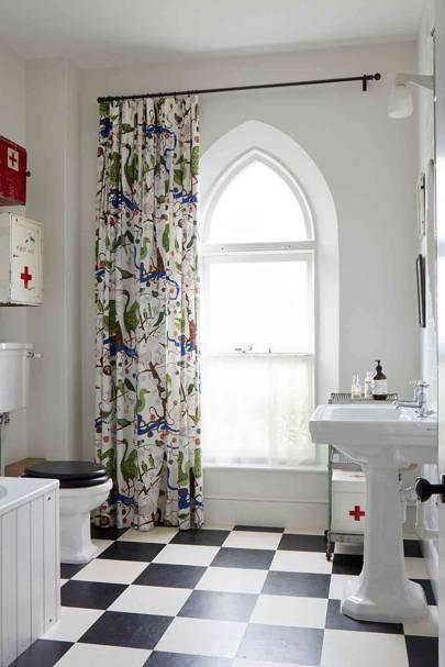 Main Bathroom - Somerset Chapel Conversion