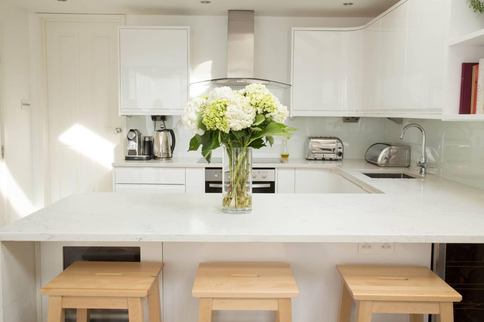 White Kitchen Ideas House Garden