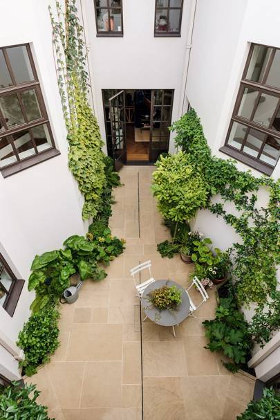 Keyhole Shaped Courtyard