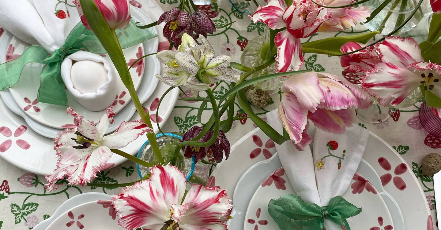 Willow Crossley creates a colourful spring bouquet