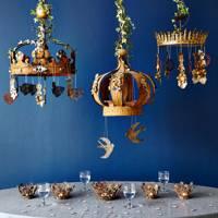 Gold crown tea lights
