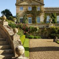 Italianate Stairs at Bowood | English Gardens Design & Ideas