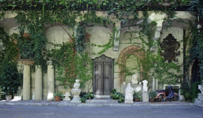 The sumptuous home next to Leonardo da Vinci's vineyard of Piero Portaluppi, the designer of Milan's Villa Necchi