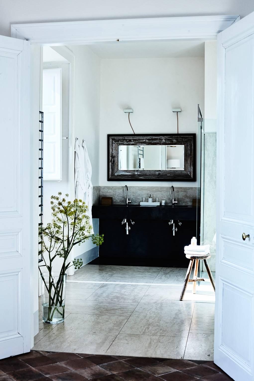 Bathroom Sinks & Cabinets | Vanity Unit Ideas & Designs | House & Garden