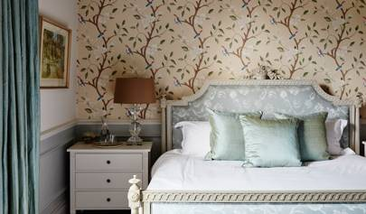Elegant Woodland Wallpaper | Bedroom Design Ideas