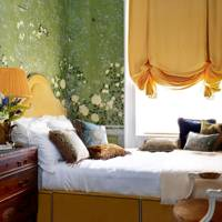 Small Luxe Wallpaper Bedroom