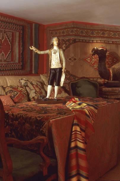 Geoffrey's apartment, Golden Square