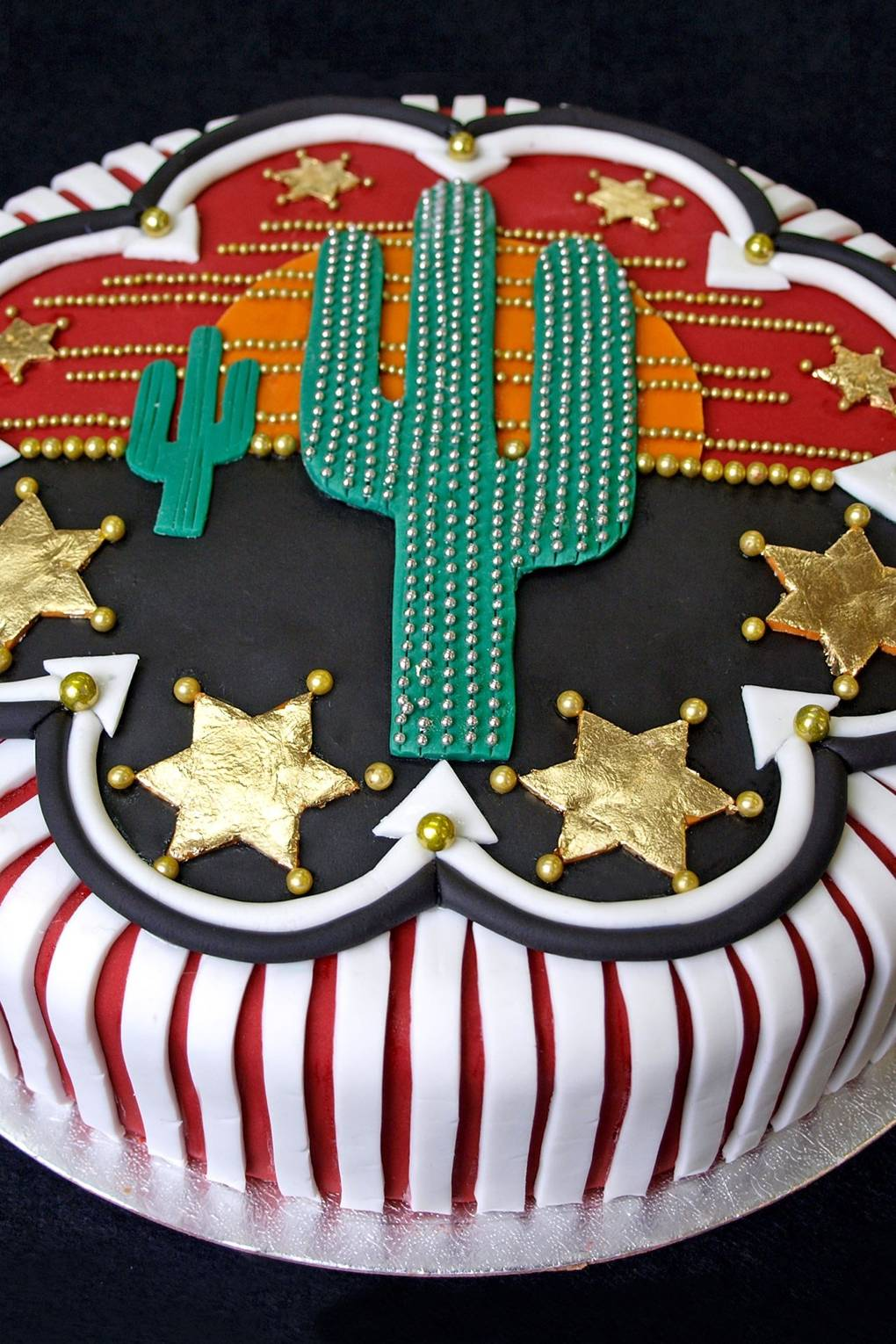 Phenomenal Country Western Cake Cake Decorating Idea House Garden Funny Birthday Cards Online Barepcheapnameinfo