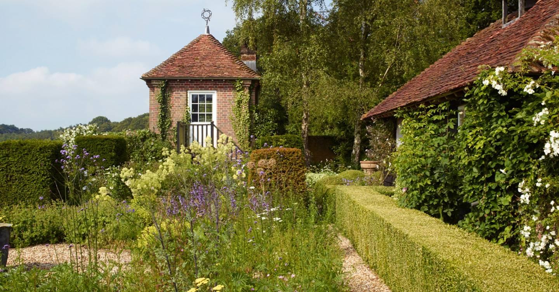 Ian adam smith farmhouse outdoor spaces house garden for Ian adam smith