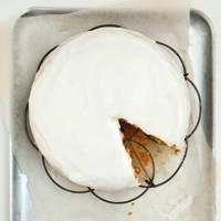 Lemon-glazed butter cake