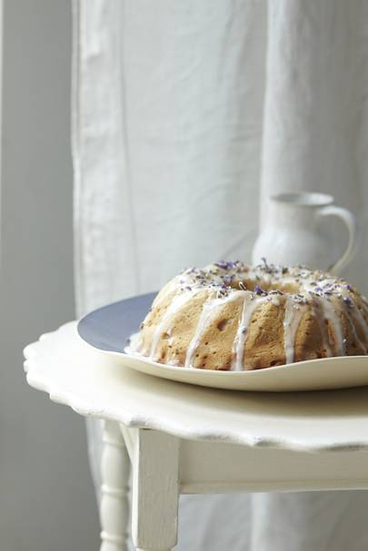 Lavender and honey tea cake