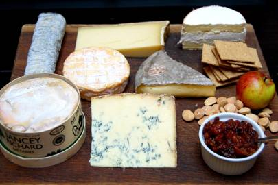 Christmas Cheese Board.How To Make A Cheese Board House Garden