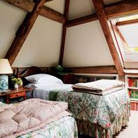 Attic twin bedroom