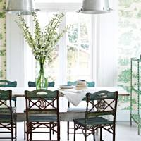 Muted toile