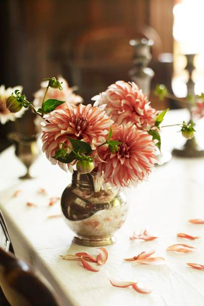 Dining Room Flowers - Wardington Manor