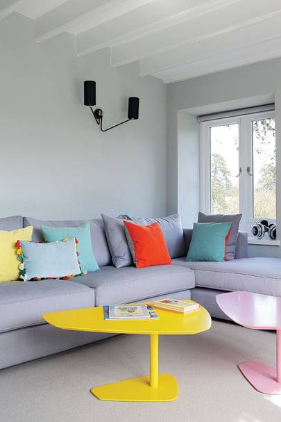 Bright Sitting Area - Cotswolds Barn