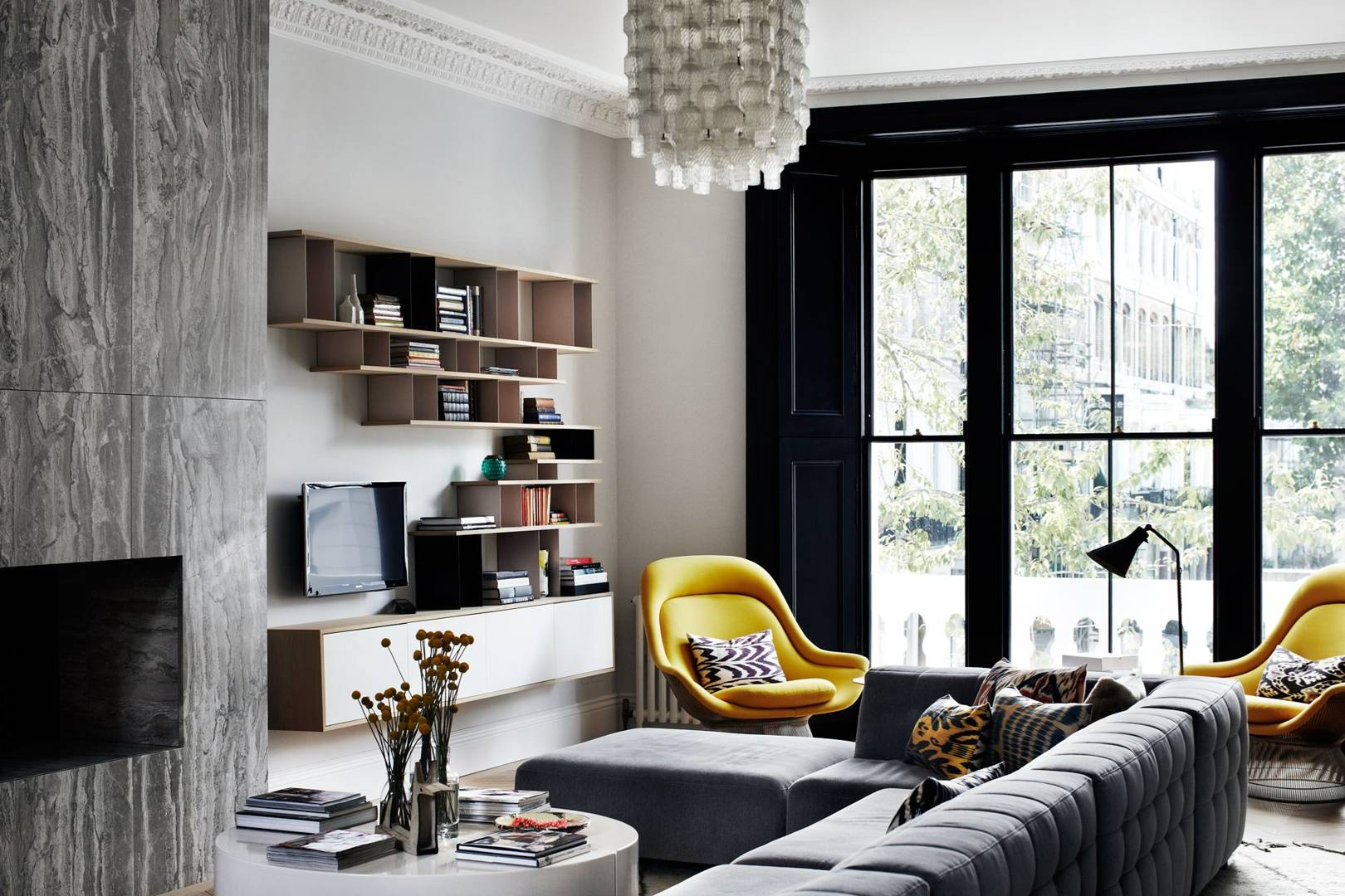 A glamorous London townhouse by Suzy Hoodless | House & Garden