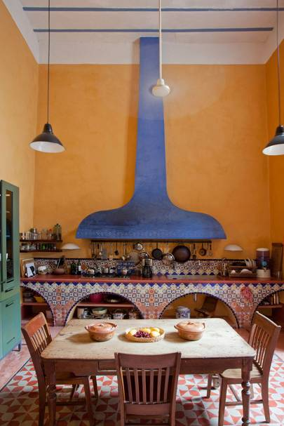Mexican Interior Design - Bright coloured houses, Rustic Bungalows, Contemporary Villas
