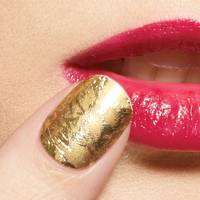 22 November: Nail Art Sticker in Goldfinger, £5