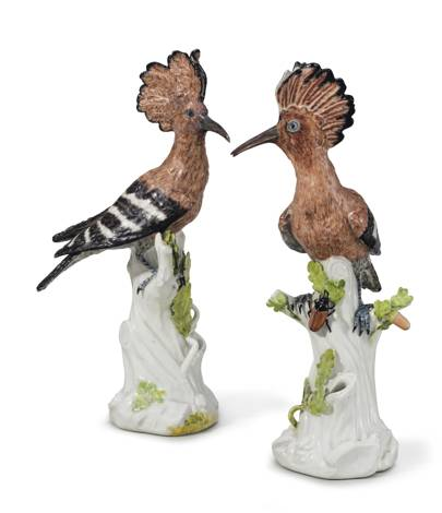 A PAIR OF MEISSEN PORCELAIN MODELS OF HOOPOES (WIEDEHOPF)
