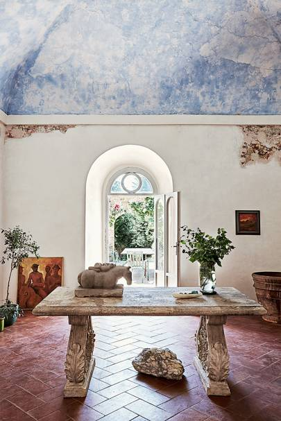 Emily Young Tuscany - Hall - Artists' Houses | Interiors