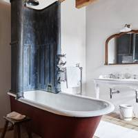 Bathroom - Lamb's House in Leith