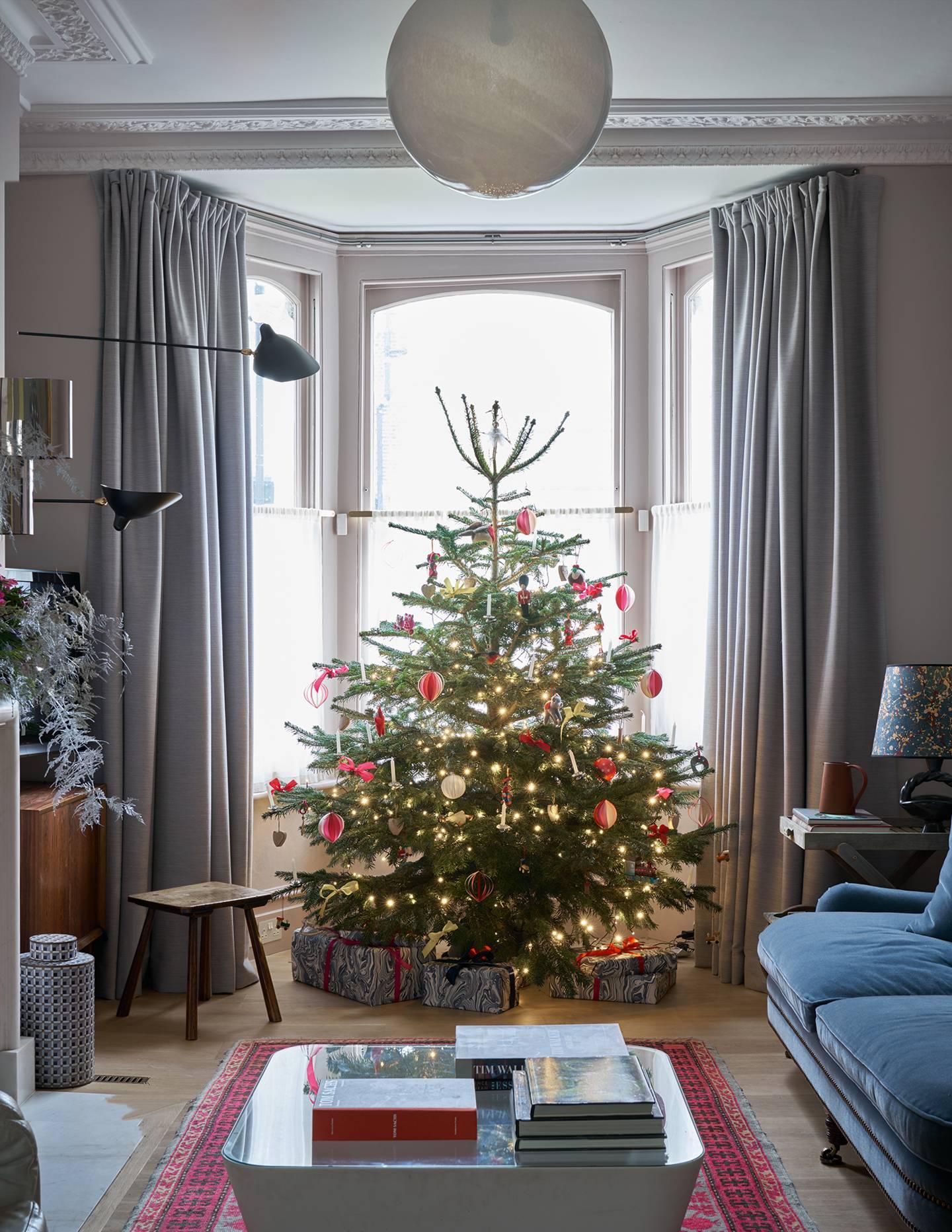 Christmas Tree Living Room Ideas.Christmas Tree Decorations House Garden