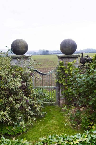 Garden Gate - Bunny Guinness' Cambridgeshire Garden | Designers' Gardens