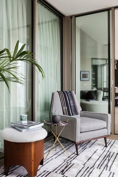 Bedroom Seating - Sophie Ashby - Modern Flat