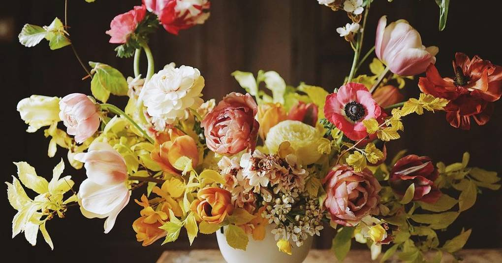 Who we follow on Instagram for flower arranging inspiration