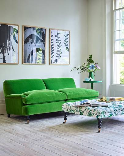 There Can T Be Many People With More Detailed Knowledge Of Sofas And Chairs Than The Editors Stylists House Garden So Who Better To Design A