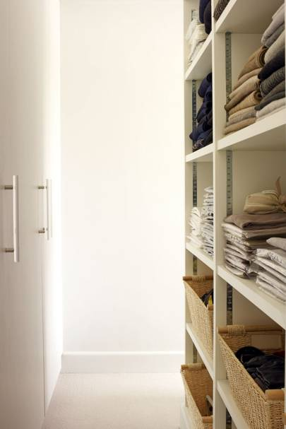 Small Space Walk In Wardrobe