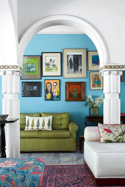 Blue Living Room With White Arches