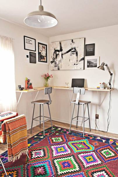 Wrap your desk around the room