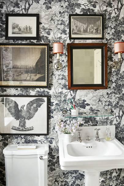 Ben's London Flat - The Bathroom
