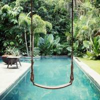 Casa Anderson Pool Swing