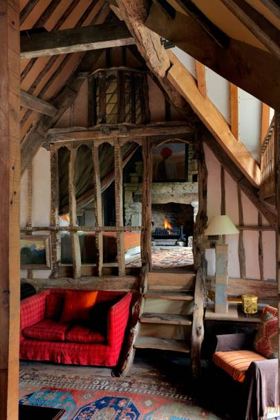 Lincoln Seligman Oxfordshire Barn - Mezzanine Bedroom
