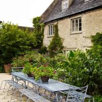 Outdoor Dining Table - Bunny Guinness' Cambridgeshire Garden