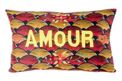 Amour Cushion
