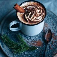 Hot chocolate with cinnamon & orange liqueur