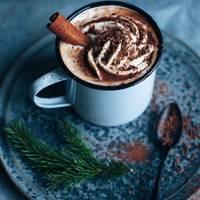 Hot chocolate with cinnamon & orange liqueur