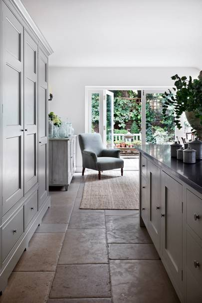 Kitchen Cupboards - Traditional Victorian Town House