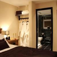 Avo Hotel, London