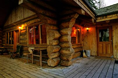 Traditional Log Cabin