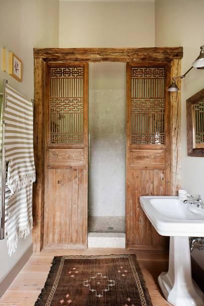 Salvaged Wood Doors as a Shower Screen