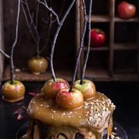 Salted Caramel Apple Snickers Cake Recipe | Halloween Food