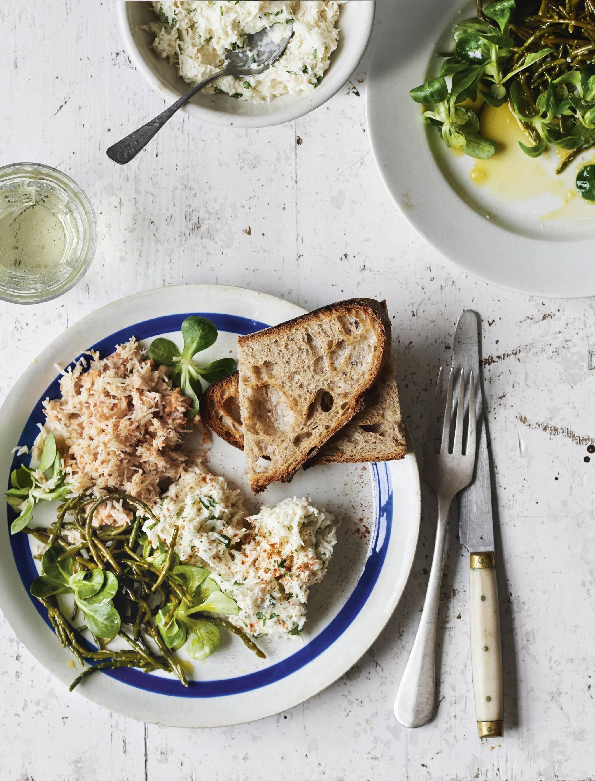Crab, pickled samphire and radish remoulade