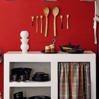 Red Kitchen: Paint & Paper Library's 'Livery'