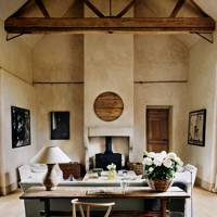Limed Plaster Walls & Wooden Beams